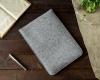 Чехол для ноутбука Gmakin для Macbook Air/Pro 13,3 светло-серый, вертикальный, на резинке (GM16) мал.6